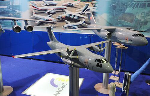 Ил-112 макет самолета