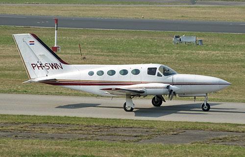 Легкомоторный самолет Cessna 414