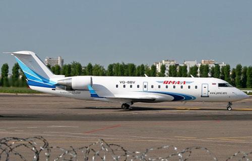 "CRJ-200 авиакомпании ""Ямал"""