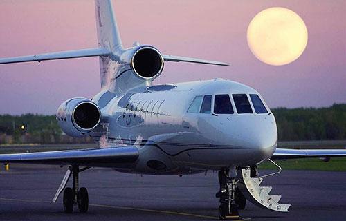 Самолет Falcon-50