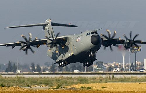 Военно-транспортный Airbus A400M