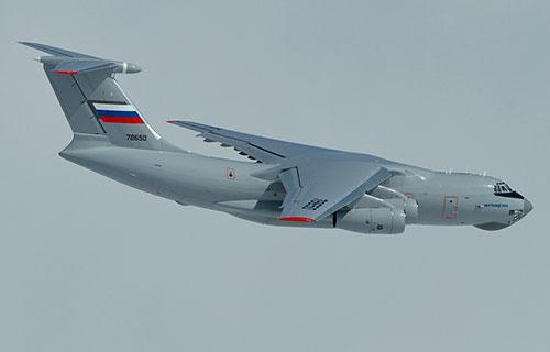 Транспортный самолет Ил-76МД 90А