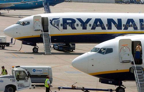 Пассажирский Boeing ирландской авиакомпании Ryanair