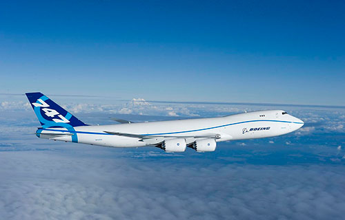 Пассажирский самолет Boeing 747-8