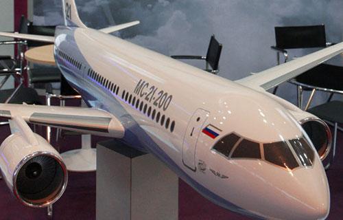 Макет пассажирского самолета МС-21