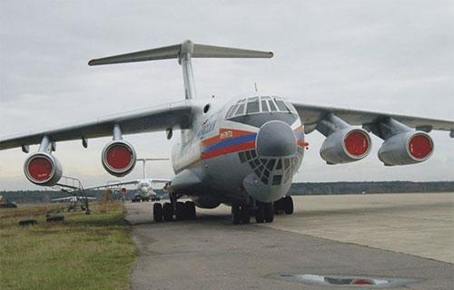 Транспортный самолет Ил-76 МЧС России