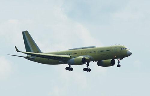 Пассажирский самолет Ту-214СР