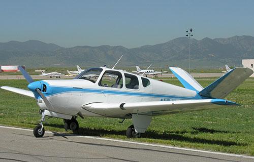 Легкомоторный самолет Beech Bonanza 35