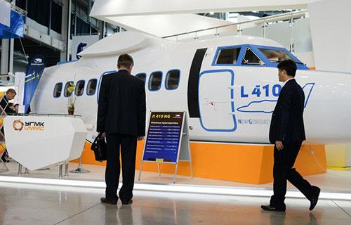 Самолет для региональной авиации L-410 NG