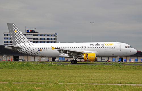 Самолет авиакомпании Vueling Airlines