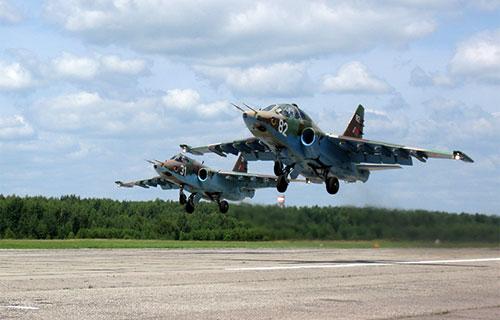 Российский истребитель Су-25