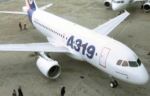 Пассажирский самолет Airbus A-319