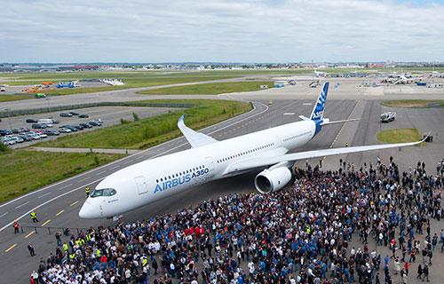 Пассажирский самолет Airbus A350