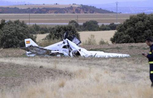 Место крушения небольшого самолета в Испании