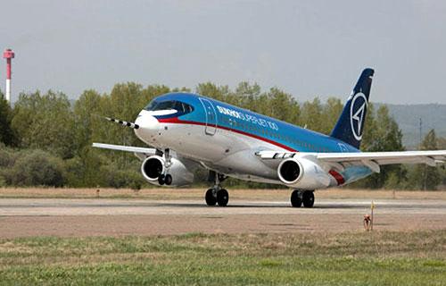 Российский лайнер SuperJet-100