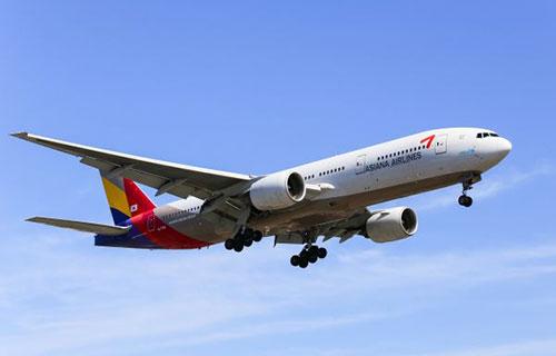 Самолет южнокорейской авиакомпании Asiana Airlines