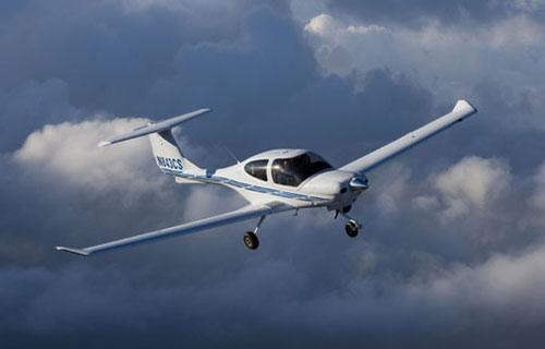 Частный самолет Diamond-40