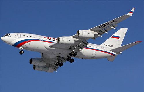 Пассажирский самолет Ил-96-300
